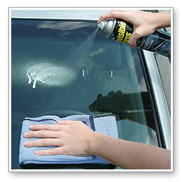 8 best automotive glass cleaners to use with reviews 2017. Black Bedroom Furniture Sets. Home Design Ideas